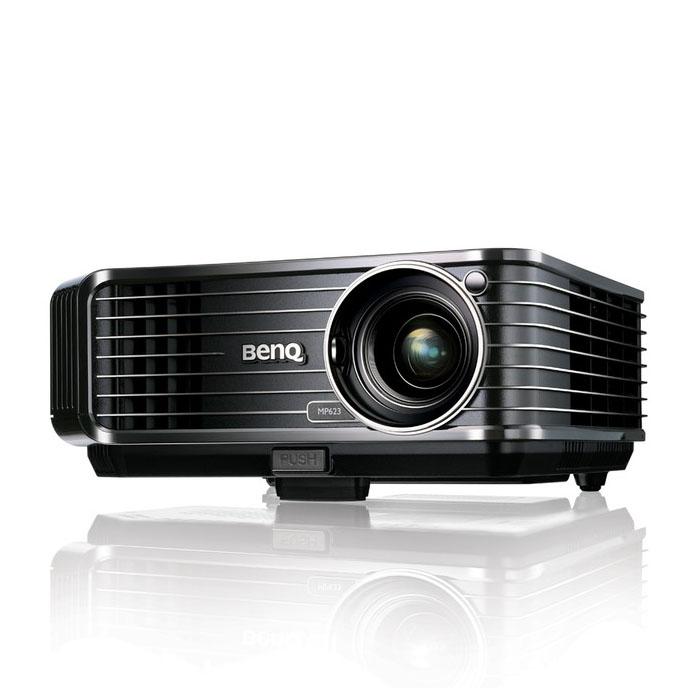 [MP623] 輝度2500lm/コントラスト比2500:1のDLPプロジェクター(XGA)。市場想定価格は79,800円