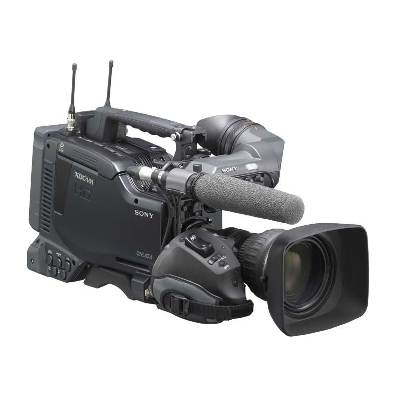 [PDW-F800] 1080/59.94i/29.97p/50i/25p記録・再生に加え、1080/23.98pの記録・再生に対応した業務用ビデオカメラ。価格は4,410,000円(税込)