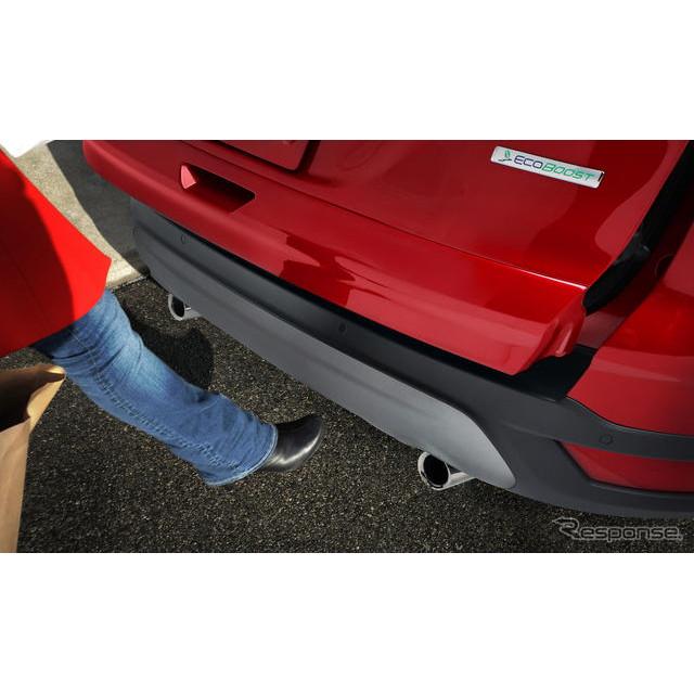 フォードモーターが11月16日、米国で開幕するロサンゼルスモーターショー11でワールドプレミアする新型『エ...