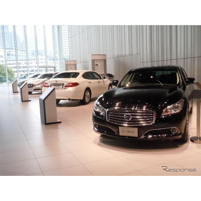 日産自動車の片桐隆夫副社長は25日、2012年度に「日本の市場に合った商品を5車種以上投入していく」計画を...