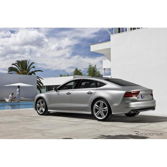 アウディ ジャパンは、同社の4ドアクーペ『A7』の高性能モデルである『S7 スポーツバック』を発表、8月27日...