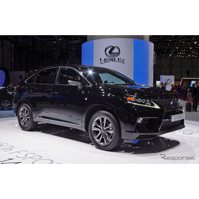 レクサスは12月21日、ハイブリッド車の世界累計販売台数が50万台を突破したと発表した。  レクサスが初め...