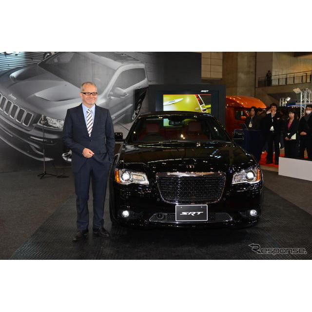 フィアット クライスラー ジャパンは1月11日、幕張メッセで同日開幕した『東京オートサロン13』にて『クラ...