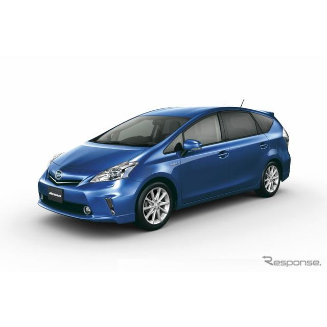 ダイハツ工業は、トヨタ自動車からのOEM供給を受け、新型ハイブリッド乗用車『メビウス』を4月8日から発売...