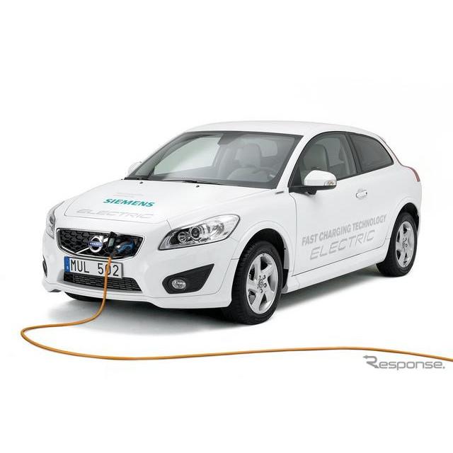 スウェーデンのボルボカーズは4月23日、市販EVの『C30エレクトリック』の改良モデルを欧州で発表した。  ...