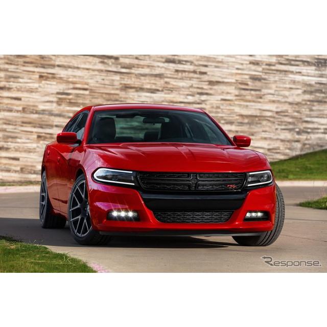 米国の自動車大手、クライスラーグループのダッジブランドは4月16日、米国で開幕したニューヨークモーター...
