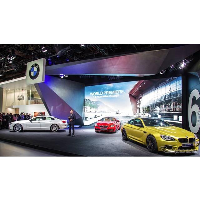 2015年1月12日、米国で開幕したデトロイトモーターショー15。ドイツの高級車メーカー、BMWのブースの主役は...