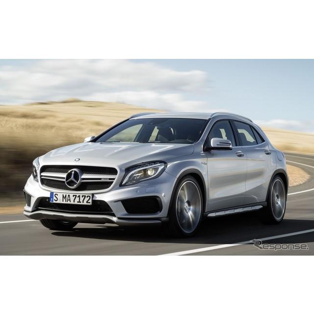 メルセデスベンツの高性能車部門、メルセデスAMGは7月14日、欧州向けの『GLA 45  4 MATIC』のエンジンをパ...
