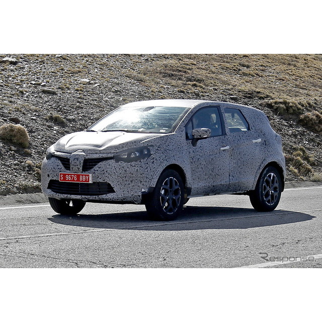日産『デュアリス』の欧州向け3列シートモデル『キャシュカイ+2』の後継モデルと思われるプロトタイプを初...