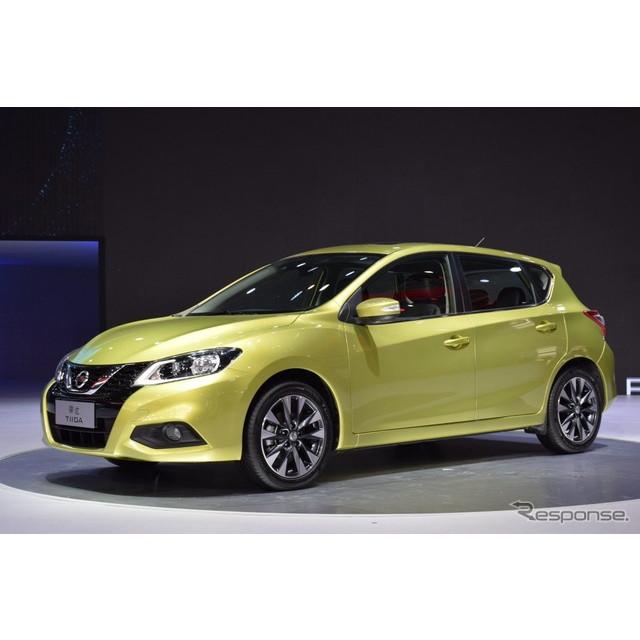 日産自動車は4月25日、中国で開幕した北京モーターショー16において、新型『ティーダ』をワールドプレミア...