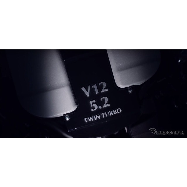 アストンマーティンの5.2リットルV型12気筒ツインターボエンジン