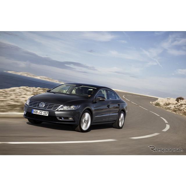 欧州の自動車最大手、フォルクスワーゲンの4ドアクーペ、『CC』。同車の後継車と見られる新型車の画像が、...