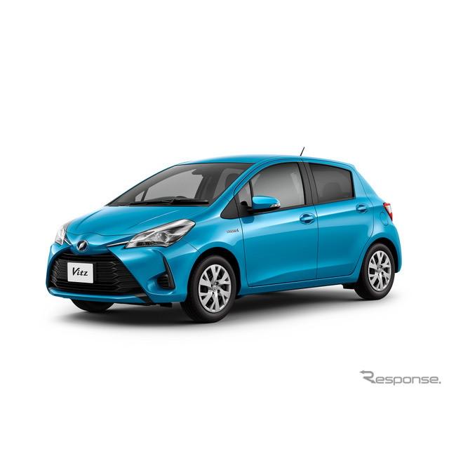 トヨタ自動車は1月12日、『ヴィッツ』のマイナーチェンジに合わせて、ハイブリッドグレードを設定すると発...