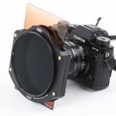 丸型フィルター(Mサイズは95mm径、Lサイズは105mm径)をホルダー先端に取付可能