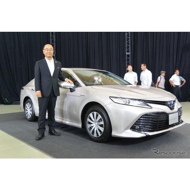 トヨタ・カムリ新型発表会