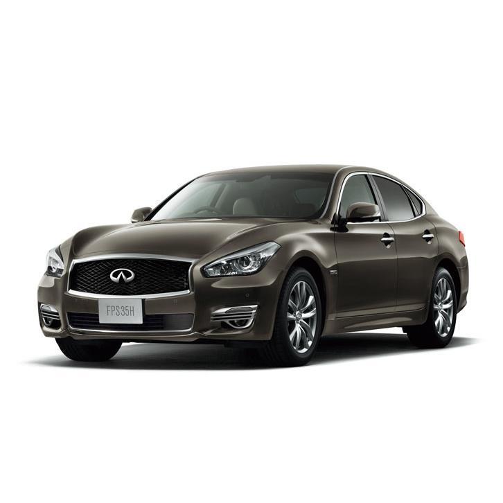 日産自動車は2017年11月15日、「フーガ」の一部仕様を変更し、同年11月28日に発売すると発表した。  日産...