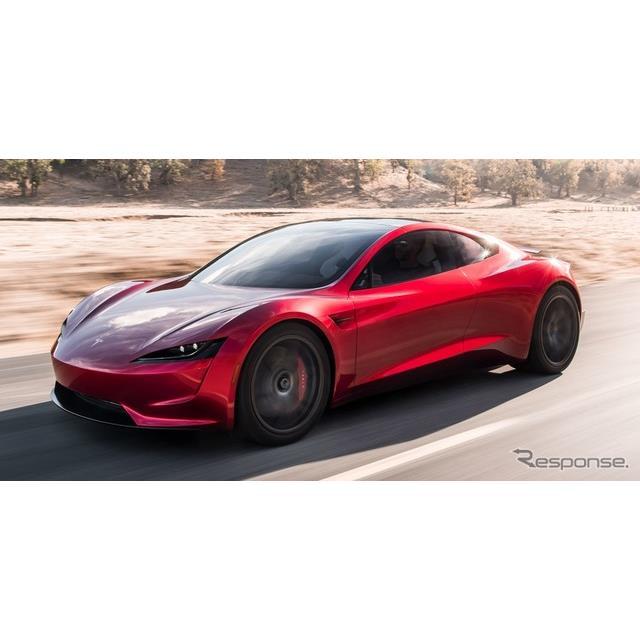 米国のEVメーカー、テスラは11月16日、新型テスラ『ロードスター』を初公開した。  2008年に発売された初...