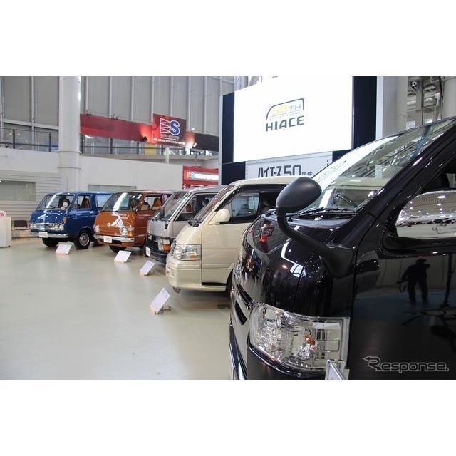 ●「想い」で「P」を採用  11月22日に発表されたトヨタ『ハイエース/レジアスエース』の一部改良。その最...