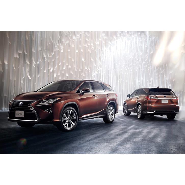 トヨタ自動車は2017年12月7日、「レクサスRX」に一部改良を実施するとともに、3列シートのロングモデル「RX...