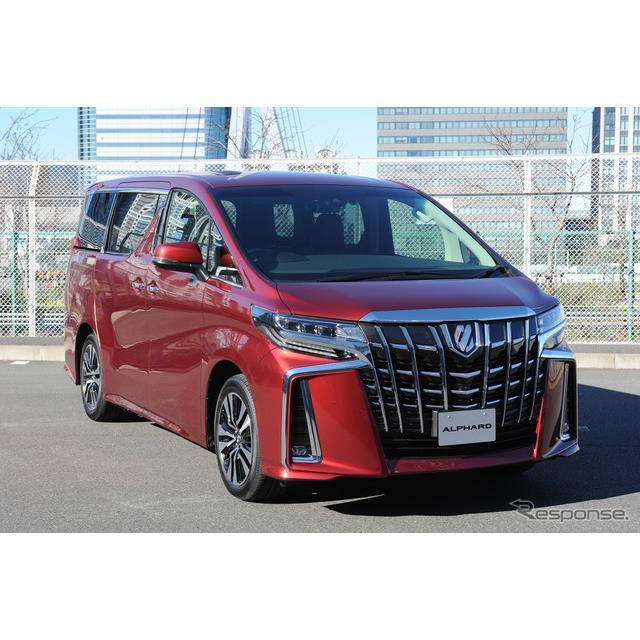 トヨタ自動車は、高級ミニバン『アルファード』と『ヴェルファイア』をマイナーチェンジし、2018年1月8日に...