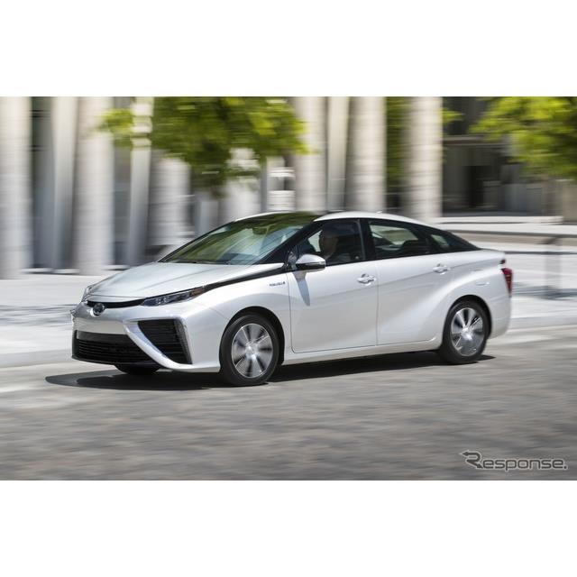 トヨタ自動車のカナダ法人、トヨタカナダは1月18日、燃料電池車の『ミライ』(MIRAI)をカナダ市場に投入す...