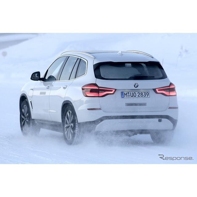 BMW X3のEVモデル「iX3」スクープ写真