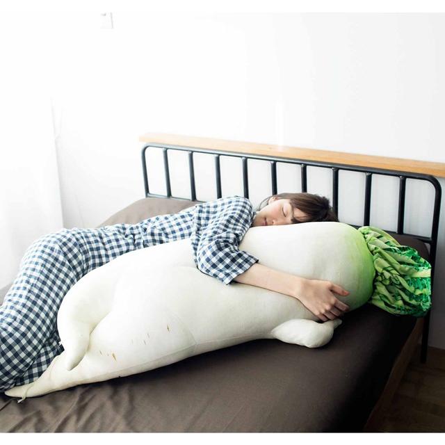 「セクシー大根抱き枕」