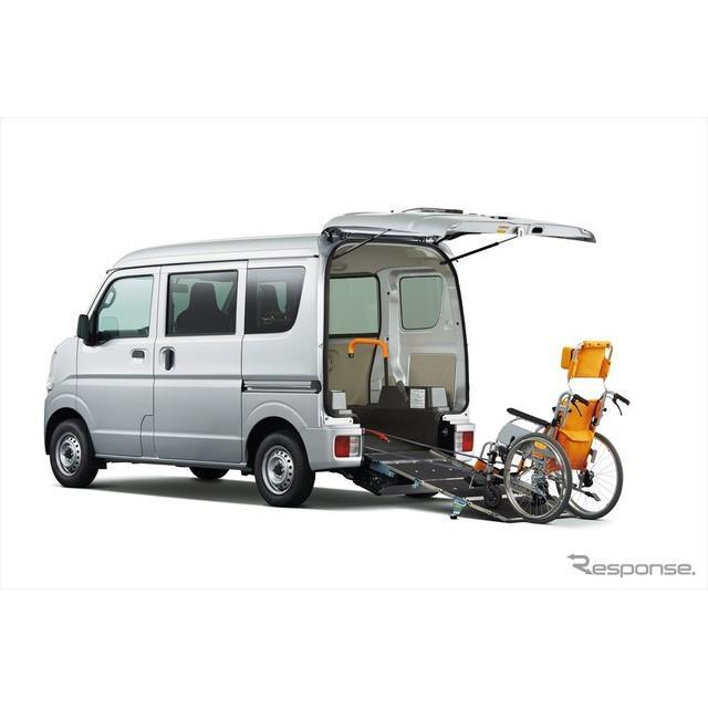 日産自動車の関連会社であるオーテックジャパンは、軽商用バン『NV100クリッパー』にライフケアビークル(...