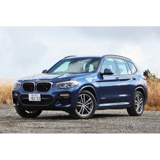 ビー・エム・ダブリュー(BMWジャパン)は、新型『X3』の一部モデルにヘッドアップディスプレイ(HUD)を標...