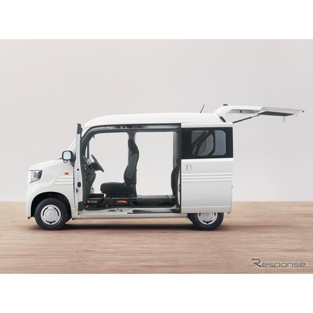 ホンダは、Nシリーズ第6弾となる新型軽バン『N-VAN(エヌバン)』を7月13日に発売する。  N-VANは、働く...