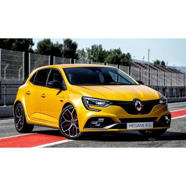 ルノーは7月19日、新型『メガーヌ R.S.トロフィー』(Renault Megane R.S. Trophy)を発表した。  同車は...