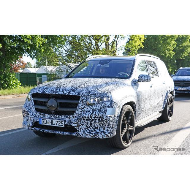 メルセデスベンツの最高級クロスオーバー・SUV『GLS』の次期型プロトタイプが、これまでで最もカモフラージ...