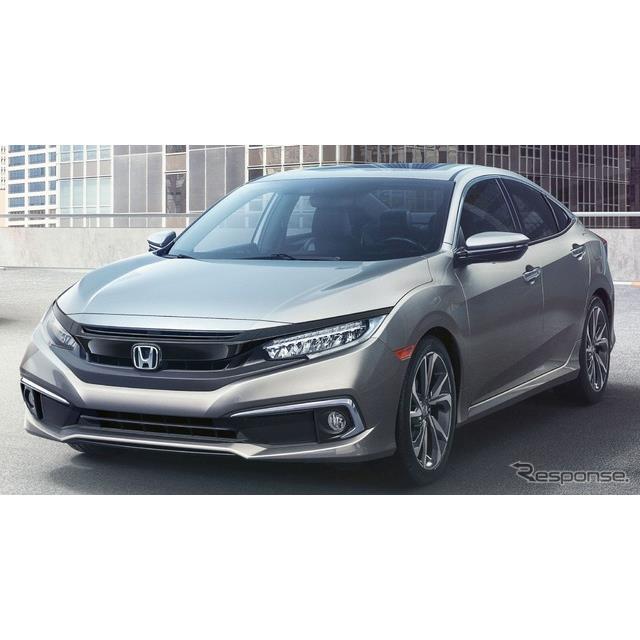 ホンダの米国部門、アメリカンホンダは8月19日、『シビック セダン』(Honda Civic)の2019年モデルを発表...