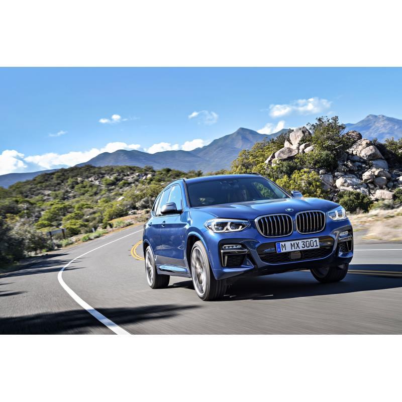 BMWジャパンは2018年9月20日、ミドルクラスSUV「X3」に新グレード「M40d」を設定し、販売を開始した。  ...