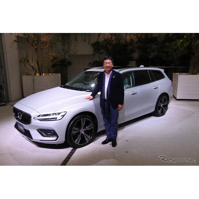 ボルボ・カー・ジャパンは9月25日、全面改良した『V60』(Volvo V60)を発売した。内外装の一新に加えて、...
