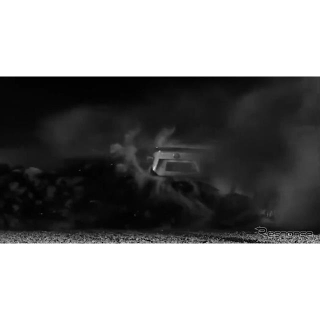 トヨタ自動車(Toyota)の欧州部門は9月24日、『GT86』(日本名:『86』)の「GR」のティザーイメージを公...