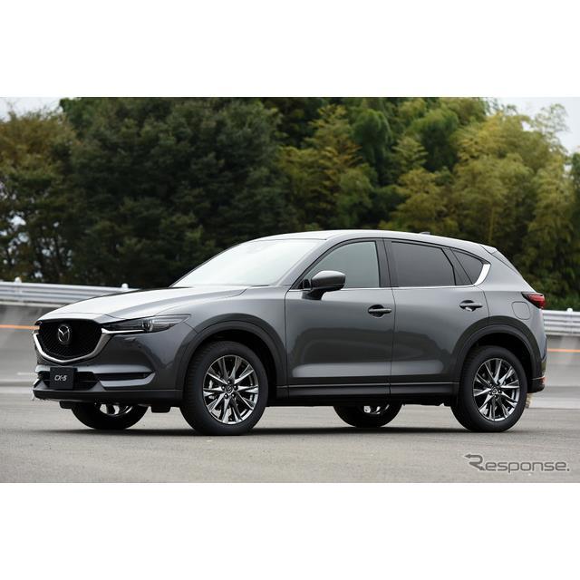 マツダは、10月11日より『CX-5』改良新型モデルの予約受注を開始した。発売日は11月22日となる。  今回の...