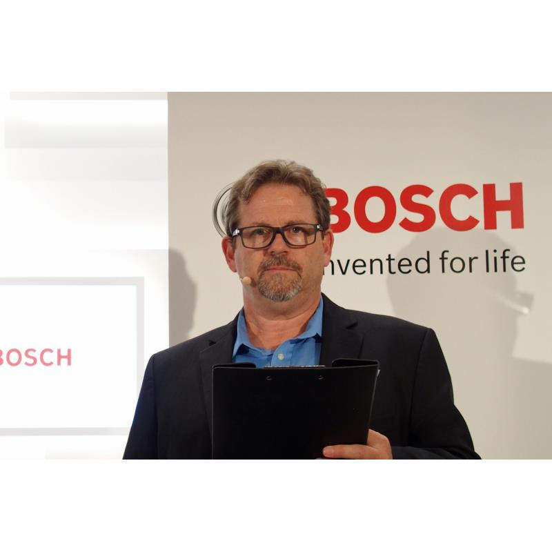 今回の発表会のためにアメリカから来日したボッシュのグローバルCDRプロジェクトマネージャー、ビ...