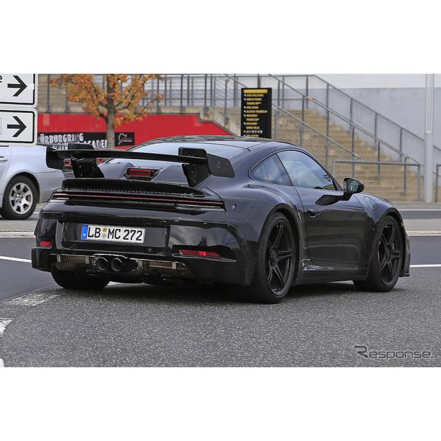 11月にもワールドプレミアが噂される、ポルシェ『911』新型のハイパフォーマンスモデル、『911GT3』プロト...
