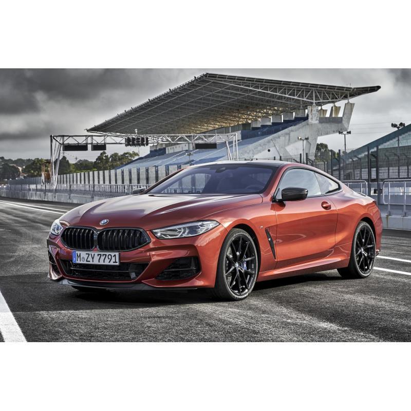 「BMW 8シリーズ クーペ」(写真は欧州仕様車)