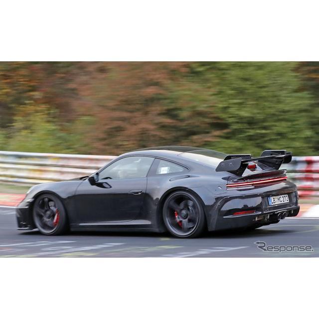 公開が近づくポルシェ『911カレラ』新型の高性能モデル『911GT3』次期型プロトタイプが、ニュルブルクリン...