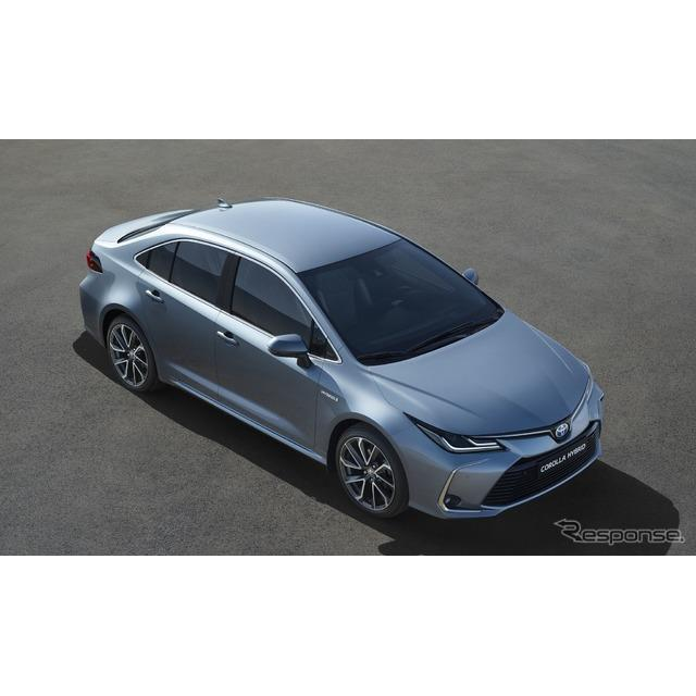 新型トヨタ・カローラ・セダン・ハイブリッド(欧州仕様)