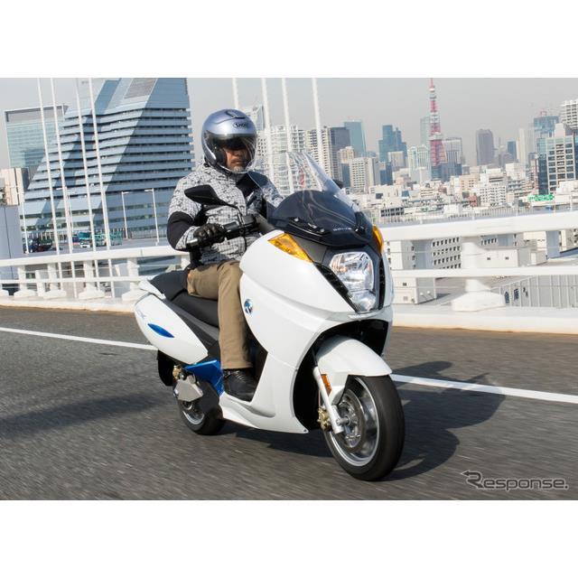 ADIVAの本格EVスクーター「VX-1」 (プロトタイプ)に初試乗。その走りはガソリン車を超える日も近い?