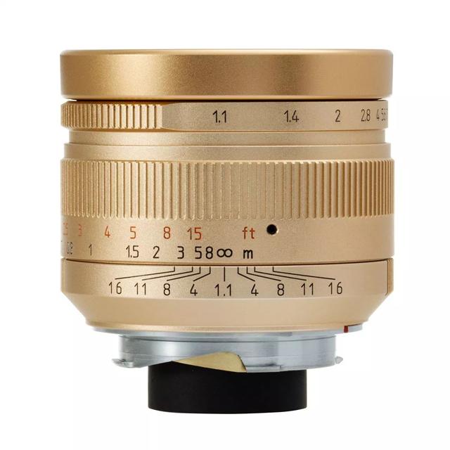 「7Artisans 50mm F1.1」ゴールドエディション