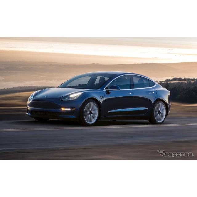 テスラ(Tesla)のイーロン・マスクCEOは12月8日、テスラの社名の商標権を1994年、米国在住の人物から買い...