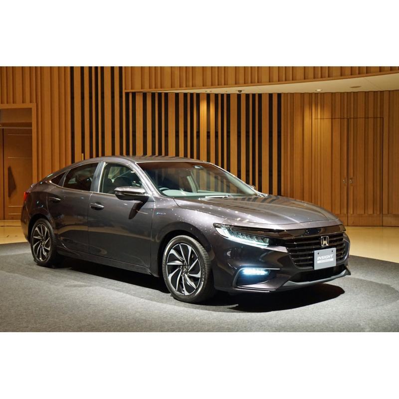 本田技研工業は2018年12月13日、ハイブリッド車「インサイト」の新型を発表した。同年12月14日に発売する。...