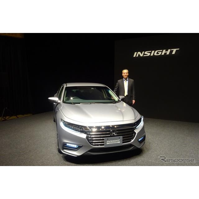 ホンダは12月13日、ハイブリッド(HV)専用車『インサイト』の3代目モデルを14日に発売すると発表した。前2...