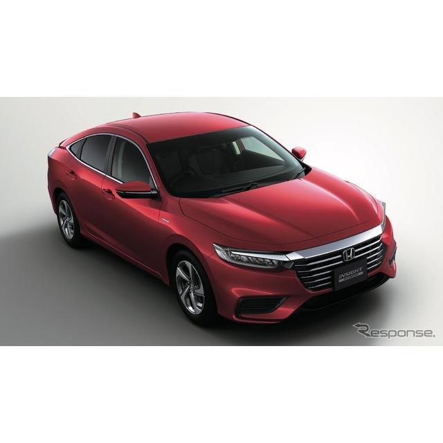ホンダは13日、ハイブリッドカーの新型『インサイト』を正式発表、14日から販売を開始する。価格は消費税8...