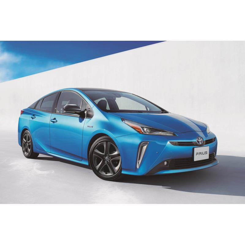 トヨタ自動車は2018年12月17日、ハイブリッドカー「プリウス」をマイナーチェンジし、販売を開始した。  ...