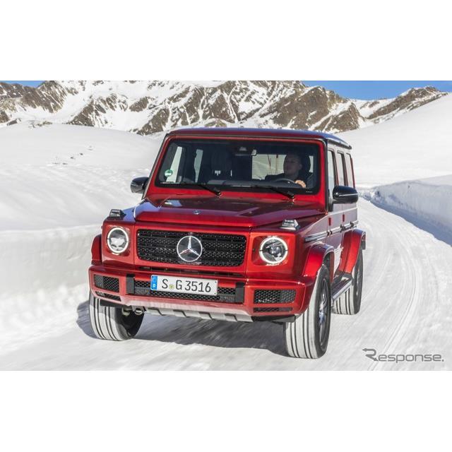 メルセデスベンツは12月21日、新型『Gクラス』(Mercedes-Benz G-Class)に初のディーゼルエンジン搭載車を...
